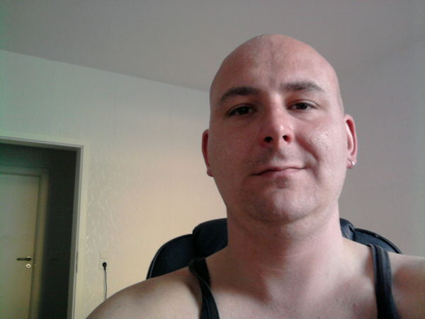 balu121212 Resident's Profile Image